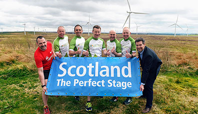 Hundreds gather to take on turbines in running event
